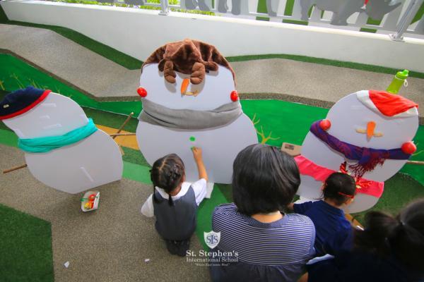 Early Years Christmas Craft Fair St Stephen S International
